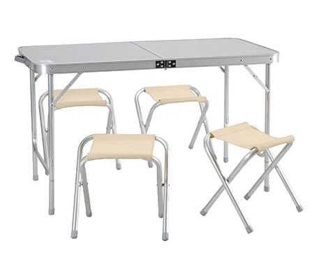 Прокат походного стола с 4 табуретами